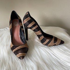 Vince Camuto Tiger Stripes fur heels